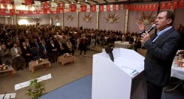 Vahap Seçer, partisinin ilçe kongrelerine katıldı
