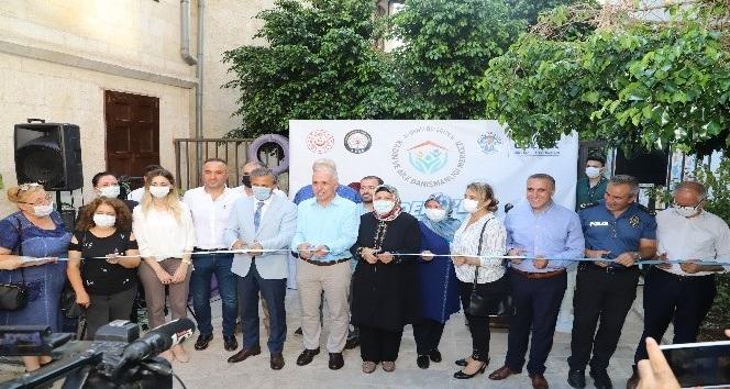 Mersin'de Kadın ve Aile Danışmanlığı Merkezi törenle hizmete açıldı